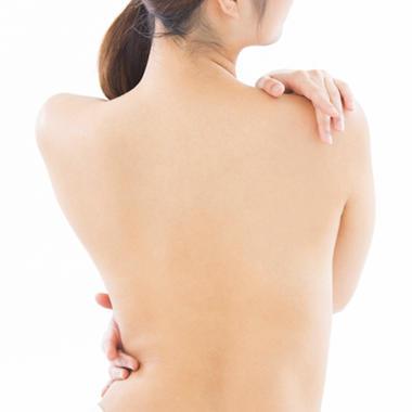 痩せ型の方が脂肪注入による豊胸をおこなう場合のリスク1:吸引部の凹凸