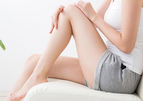 大根足・太い足首から痩せたい人へ!足を細くするおすすめの施術を紹介