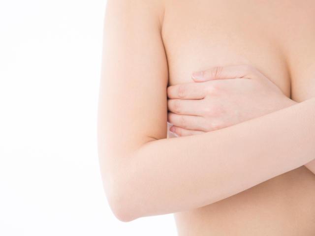 乳頭縮小・乳輪縮小で悩む女性