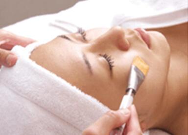美肌再生ピーリングコース治療画像